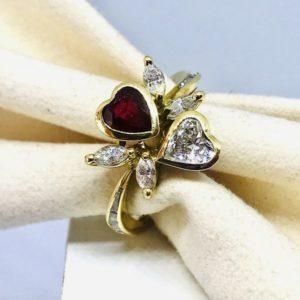 anello con diamanti a cuore e rubino gioielli torino