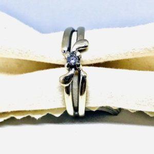 anello oro intrecciato con diamante gioielli torino