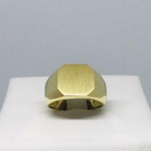 anello d'oro quadrato gioielli torino
