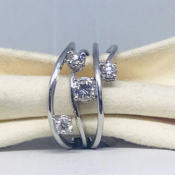 Anello con diamanti ct 0,73