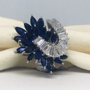 anello con pietra preziosa blu gioielli torino