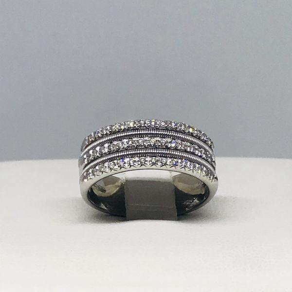 Anello a fascia con diamanti ct 0,18