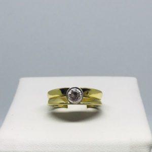 anello oro con diamante gioielli torino