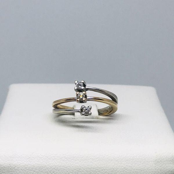 Anello tre diamanti
