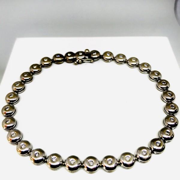Bracciale Tennis oro 18 carati con diamanti