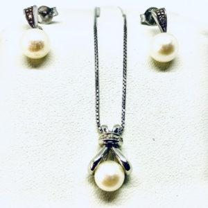 parure con oricchine collana di perla gioielli torino