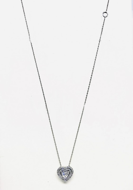 Collana con ciondolo a forma di cuore  diamante carati 0,25 e diamanti di contorno carati totali 0,09