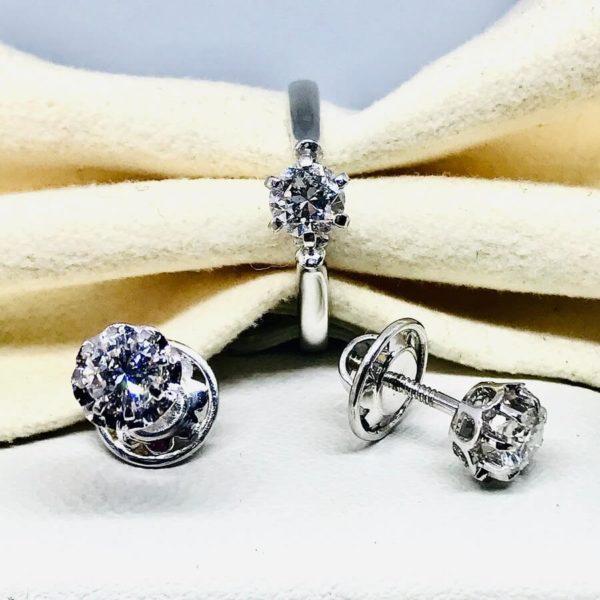 parure composta da anello e orecchini gioielli torino