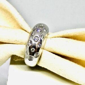Anello in oro bianco 18 carati con diamanti gioielli torino offerte d'oro