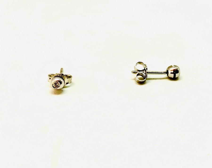 Orecchini con diamanti carati 0.04