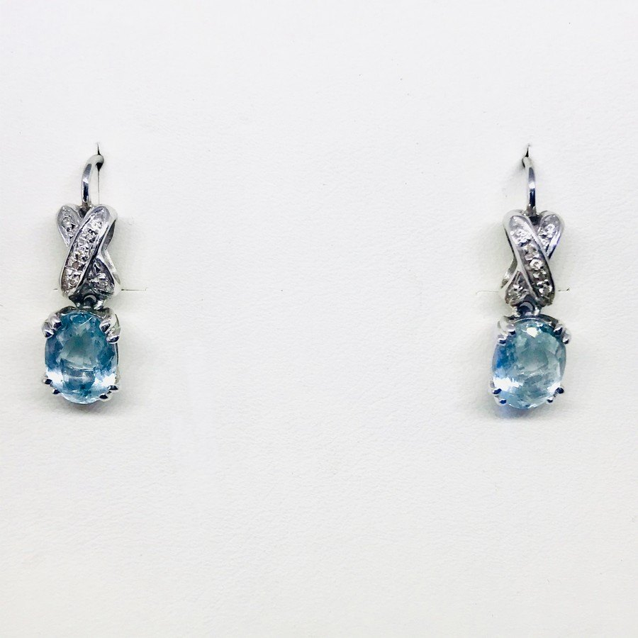 Orecchini con diamantini e acquamarina pendenti