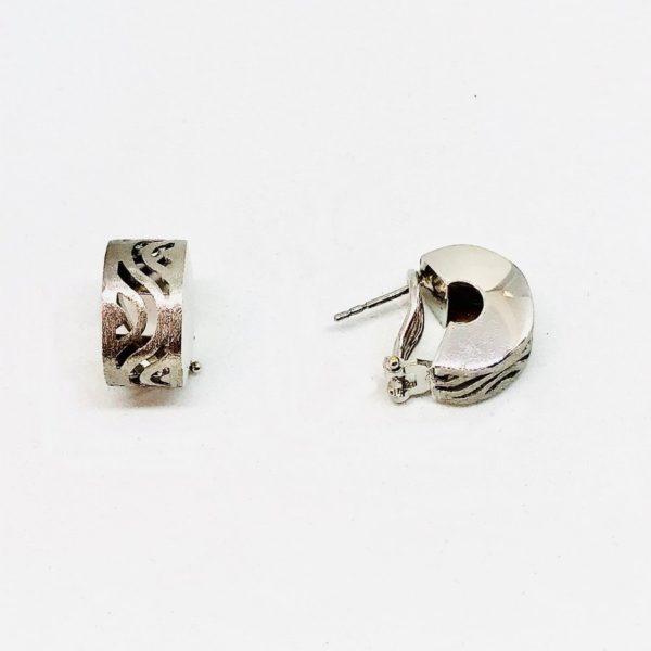 orecchini a forma di lettera C gioielli torino