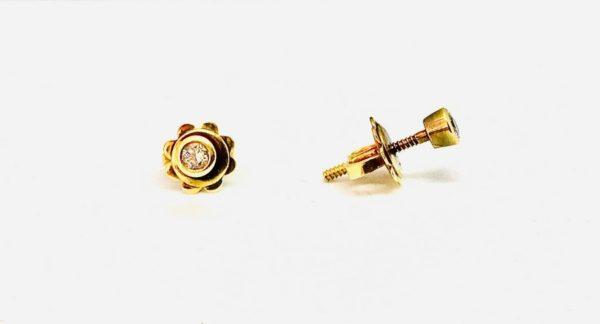 orecchini in oro giallo a forma di fiore con pietre gioielli torino