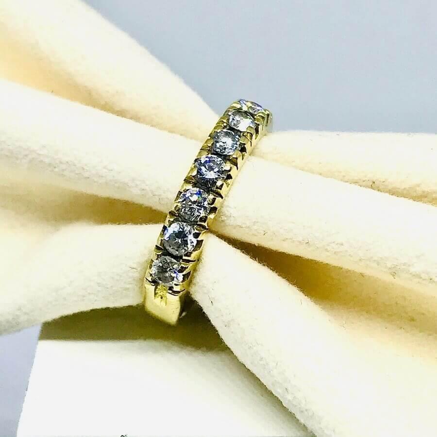 Anello con diamanti ct 0,56