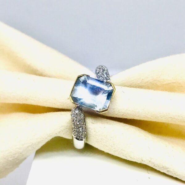 anello in oro bianco con pietra preziosa gioielli torino Offerte d'oro