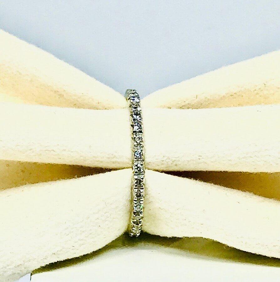 Anello con diamanti ct 0,17