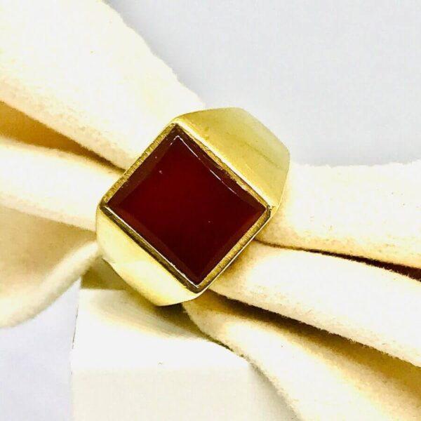 Anello in oro giallo 18 carati con rubino.Offerte d'oro Gioielli Torino.