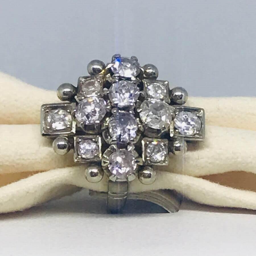 Anello con diamanti taglio antico ct 1,80