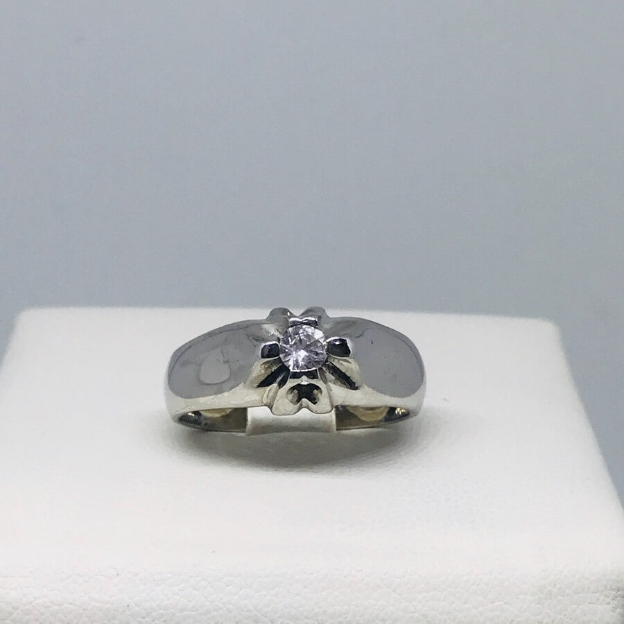 Anello solitario con diamante carati 0,25