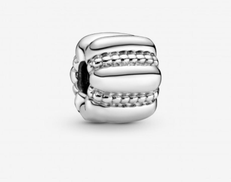 Charm Pandora clip barilotto ricamato